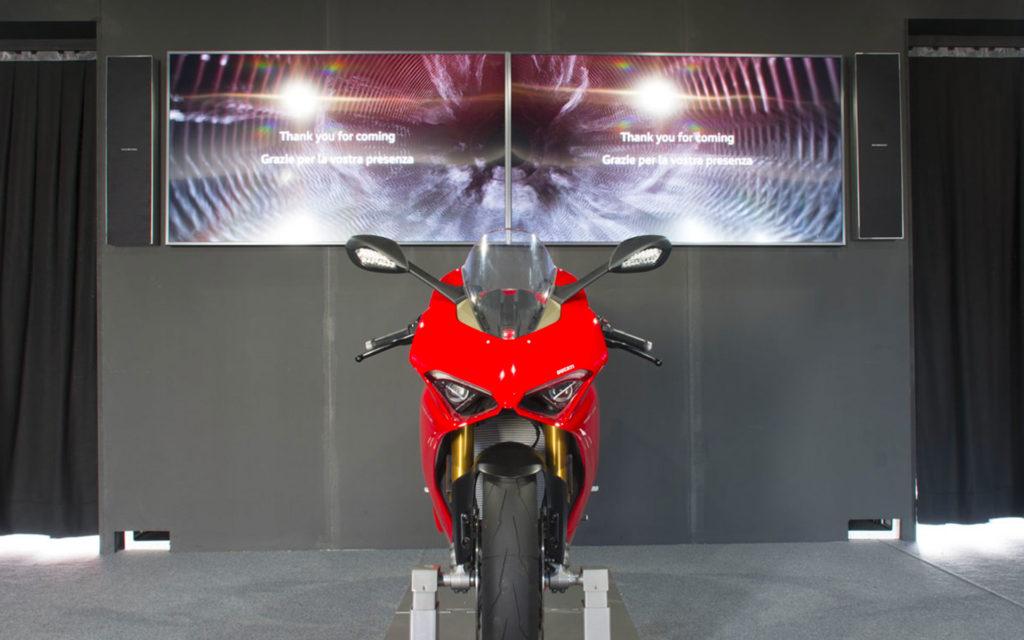 I diffusori Garvan acoustic On wall suonano per Ducati al WDW