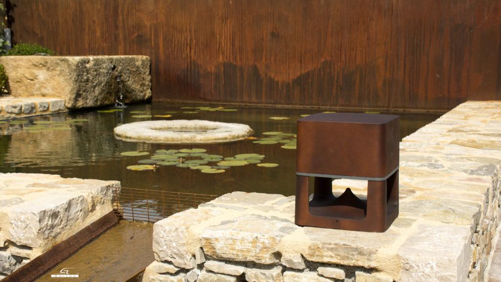 Loto diffusore acustico per outdoor 360 gradi in sa210 versione corten , audio hi.fi e di design anche in giardinoin